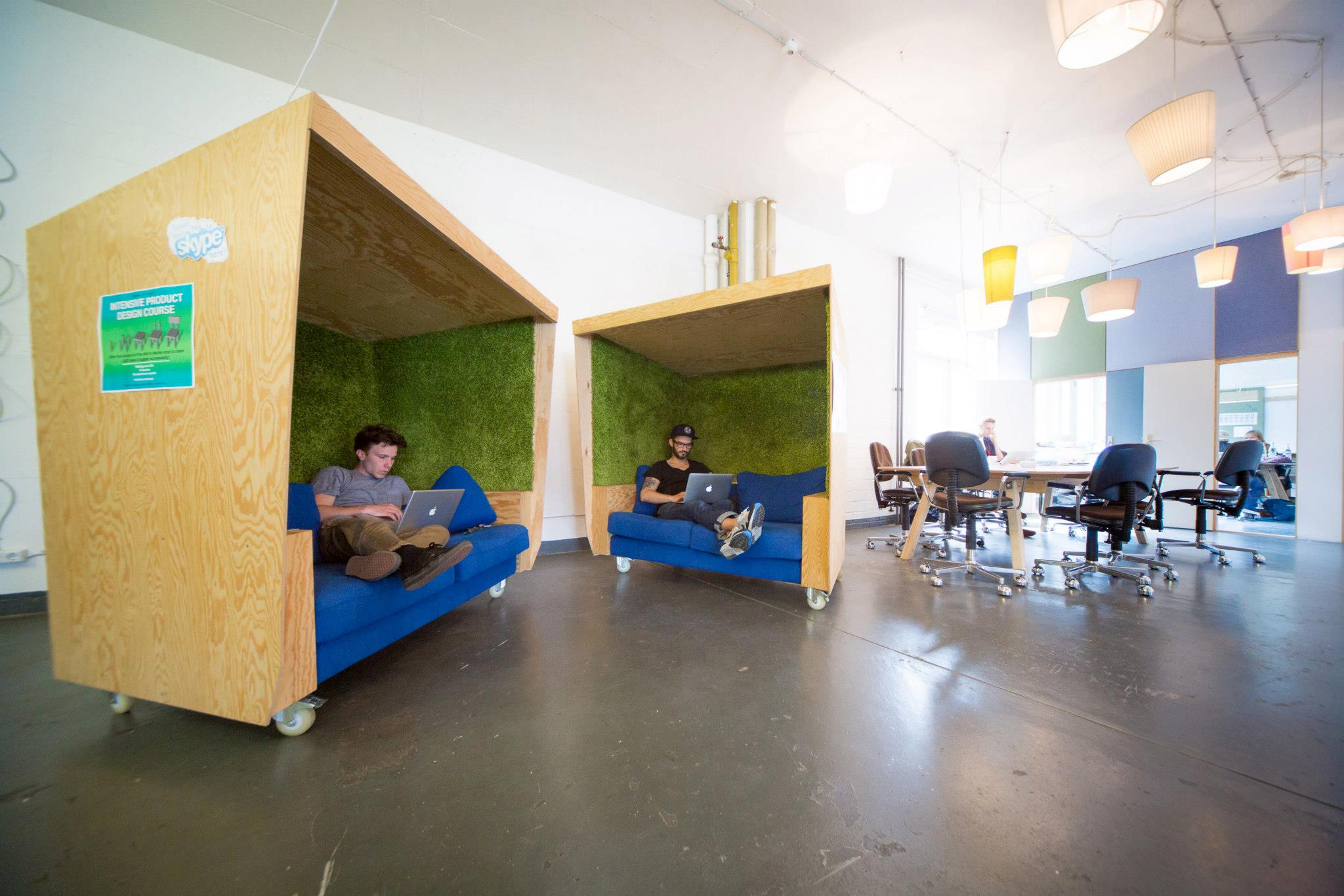 coworking in berlin betahaus the style office. Black Bedroom Furniture Sets. Home Design Ideas