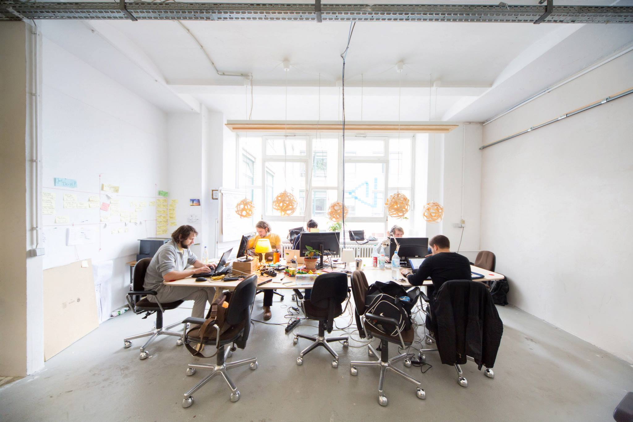 Galeria Echo Kielce W rza together with Co Working In Berlin Betahaus likewise Novartis C us Diener Diener Office Building Basel moreover Ut Gardens Visitor And Education Center moreover 34536. on open space office design